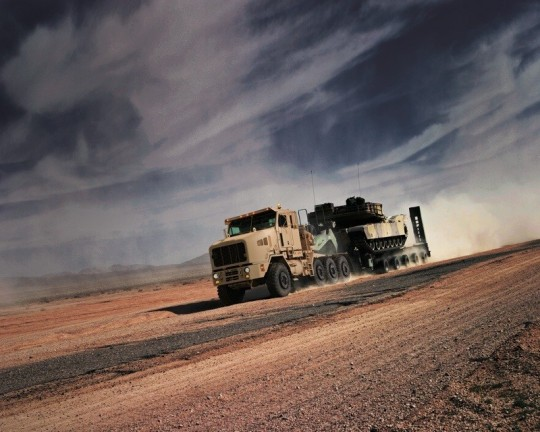the oshkosh het represents a fast transporter of mission critical equipment thumbnail 5