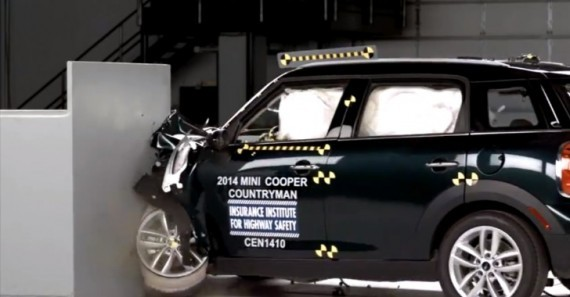 2014 mini countryman gets top safety pick from iihs autoevolution. Black Bedroom Furniture Sets. Home Design Ideas