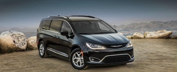 2017 chrysler pacifica touring plus trim announced with extra features autoevolution. Black Bedroom Furniture Sets. Home Design Ideas