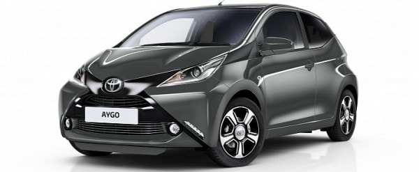 2017 toyota aygo x clusiv features more kit funroof becomes an optional extra autoevolution. Black Bedroom Furniture Sets. Home Design Ideas