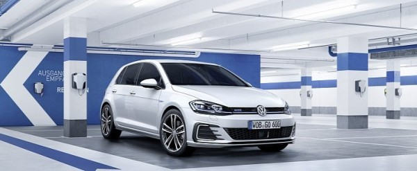 2017 Vw Golf Gte And Gtd Facelift Launched And Priced Autoevolution