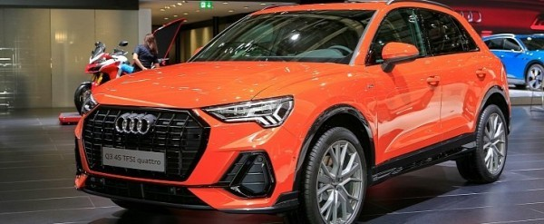 2019 audi q3 debuts in paris with best compact suv interior ever autoevolution. Black Bedroom Furniture Sets. Home Design Ideas