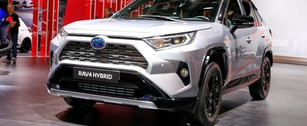 2019 Toyota Rav4 Makes Hybrid Production Debut In Paris Autoevolution