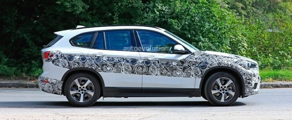 2020 Bmw X1 Xdrive 25e Iperformance Spied With Eco Friendly Wheels