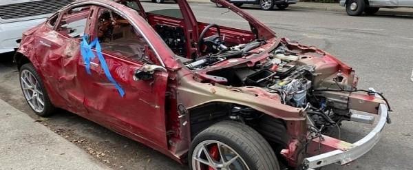 A Completely Smashed 2020 Tesla Model 3 Is Still Driveable ...