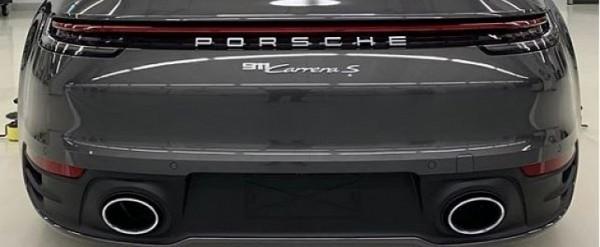 Agate Grey 2020 Porsche 911 Looks Understated in Real,World