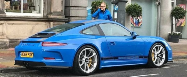 blue porsche 911 r stands out in scotland has no pdk plates autoevolution. Black Bedroom Furniture Sets. Home Design Ideas