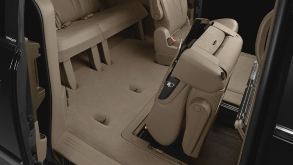 Stow And Go Seating >> Chrysler Upgrading Stow N Go Seats For Minivans Autoevolution