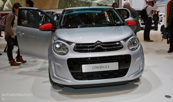 citroen c1 marks return to form for small french cars live photos autoevolution. Black Bedroom Furniture Sets. Home Design Ideas