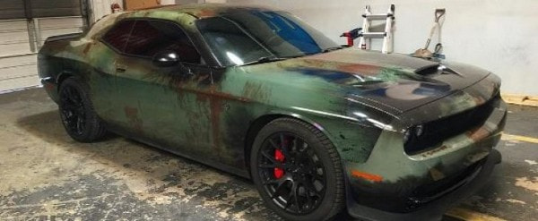 Girl Gives Her Dodge Challenger Hellcat a Rusty Wrap for a 707 HP Beater Look - autoevolution