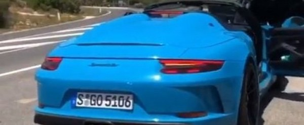 Miami Blue 2020 Porsche 911 Speedster Looks Like a Dream