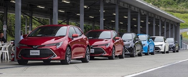 New Toyota Corolla Hatchback Comes to Japan With 1 2 Turbo