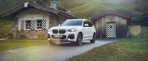 Plug In Hybrid 2020 Bmw X3 Xdrive30e Blends Efficiency With