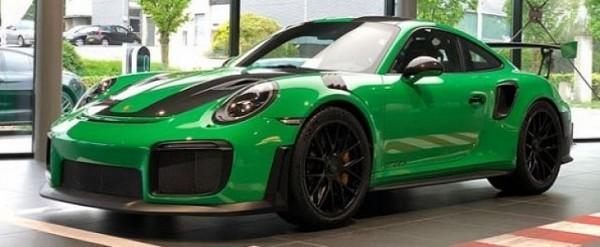 Signal Green 2018 Porsche 911 Gt2 Rs Lands In The Netherlands Autoevolution