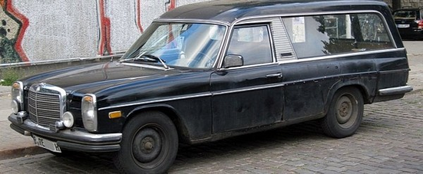 Speeding Hearse Stopped by Police in Russia Was Hidding a