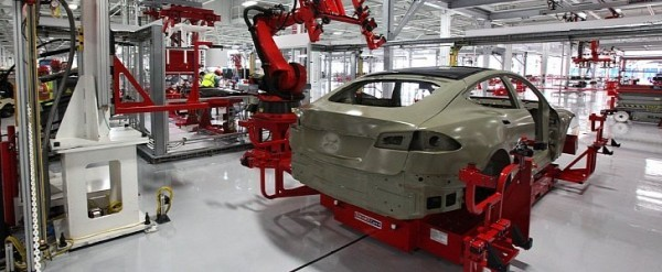 Tesla Fails to Meet 2016 Target, Could Spell Trouble for the Model 3