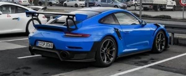 Voodoo Blue 2018 Porsche 911 GT2 RS Looks Stunning
