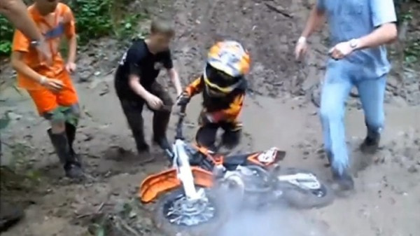 mud funny motorcycles racing watching super autoevolution motocycles