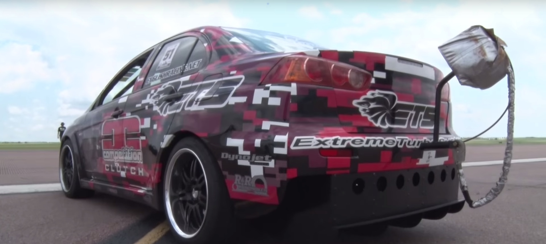 1000 HP Mitsubishi Lancer Evo X with Manual Gearbox Hits 198 MPH