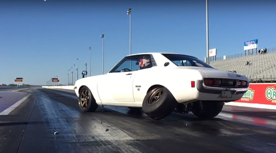 1,000 HP Toyota Celica Loses a Wheel While Drag Racing - autoevolution
