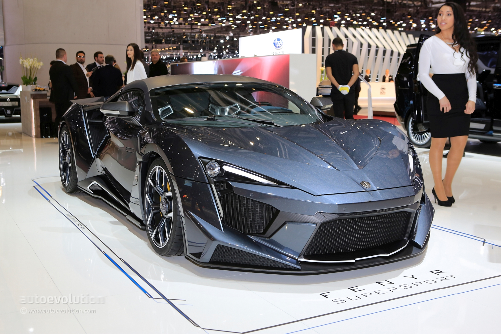 W Motors Fenyr >> $1.4 Million W Motors Fenyr SuperSport Production Model Brings Dubai to Geneva - autoevolution