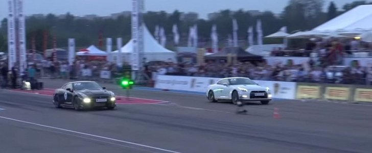 1,400 HP Nissan GT-R Drag Races 1,350 HP GT-R, Brutal Fight Follows