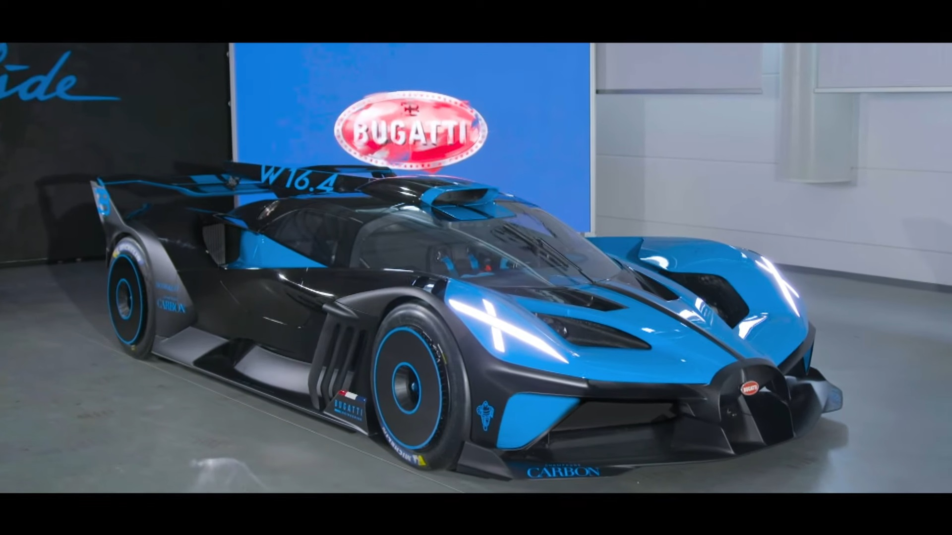 1 825 Hp Bugatti Bolide Track Car Revealed Limited Production Considered Autoevolution
