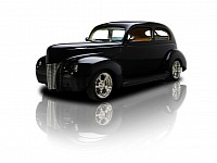 Custom 1940 Ford Tudor Sedan