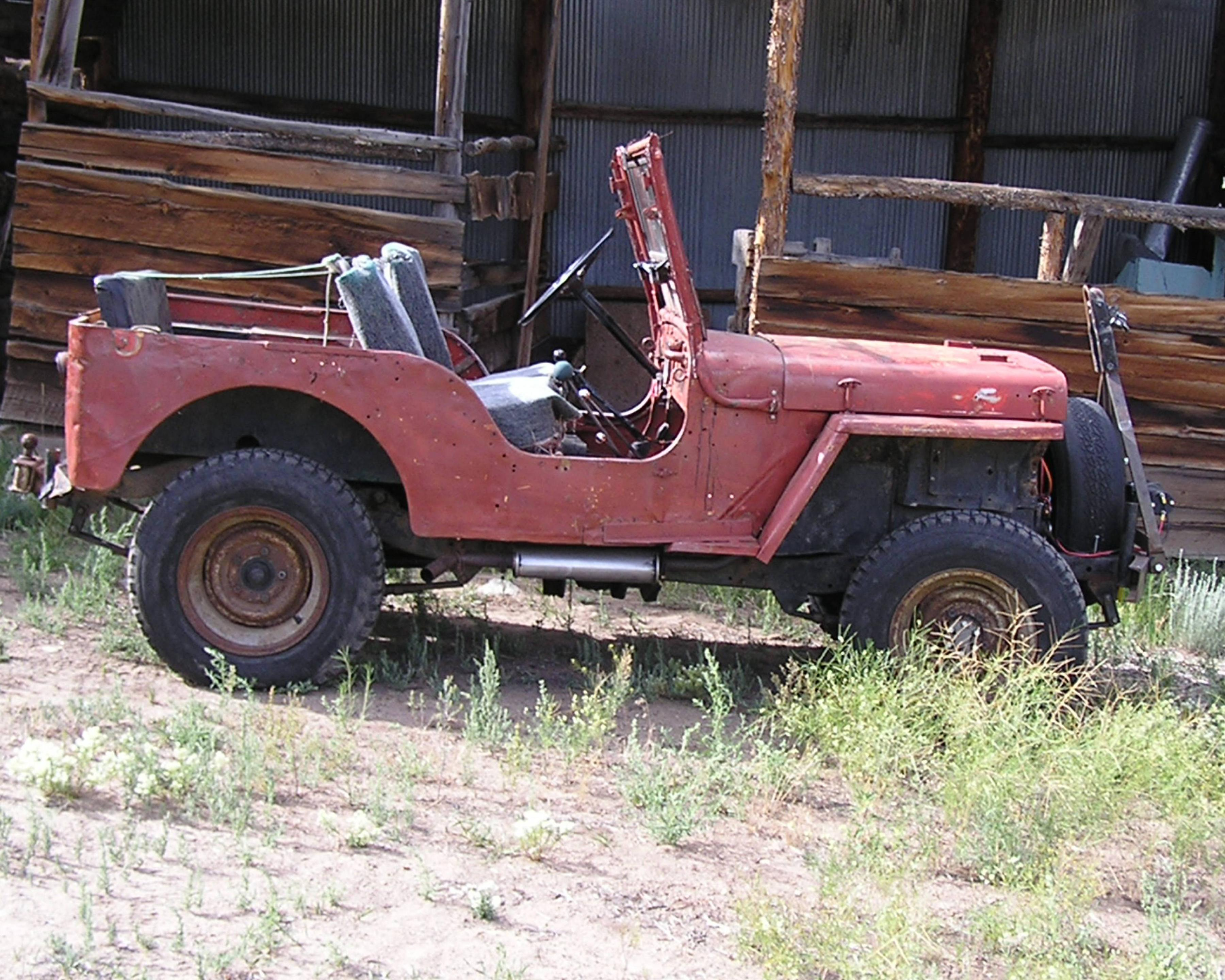 1941 willys jeep built on second day of production still. Black Bedroom Furniture Sets. Home Design Ideas