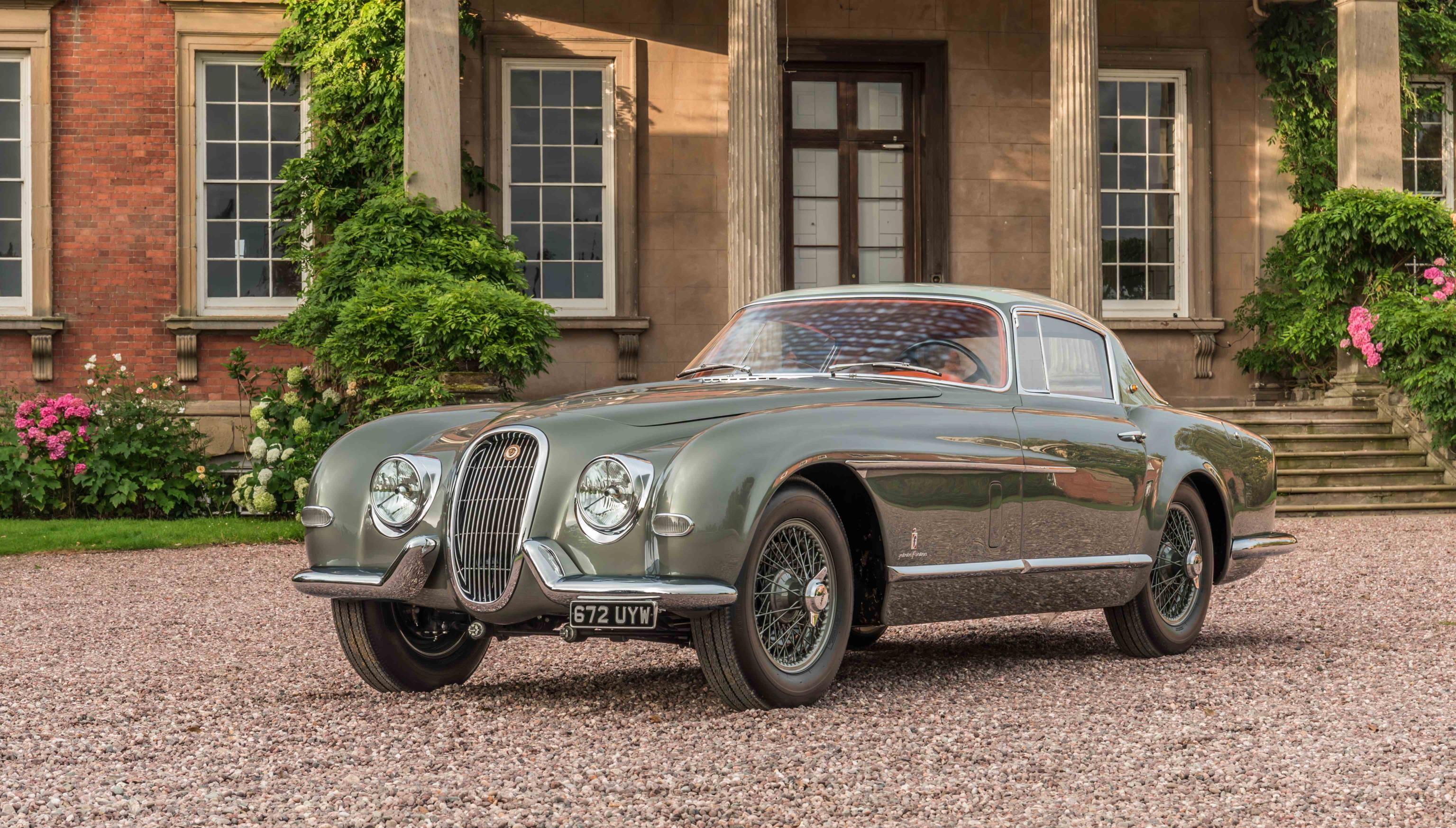 Restored 1954 Jaguar XK120 SE Debuts at Pebble Beach