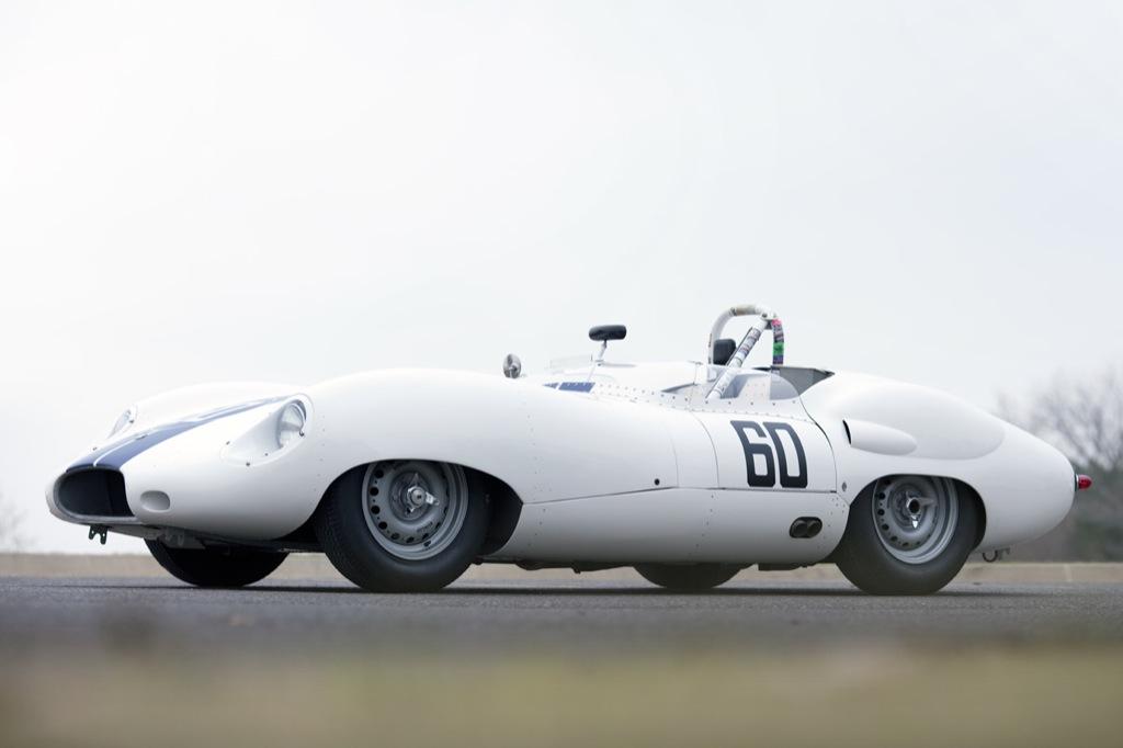 1959-costin-lister-jaguar-goes-under-the