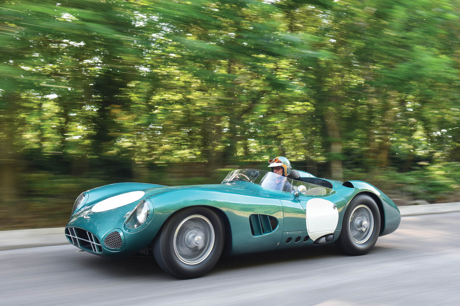 1959 Nurburgring 1000km Winning Aston Martin Dbr1 Is Looking For A New Owner Autoevolution