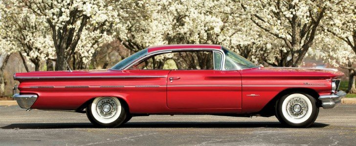 1960 pontiac bonneville sport coupe is the definition of