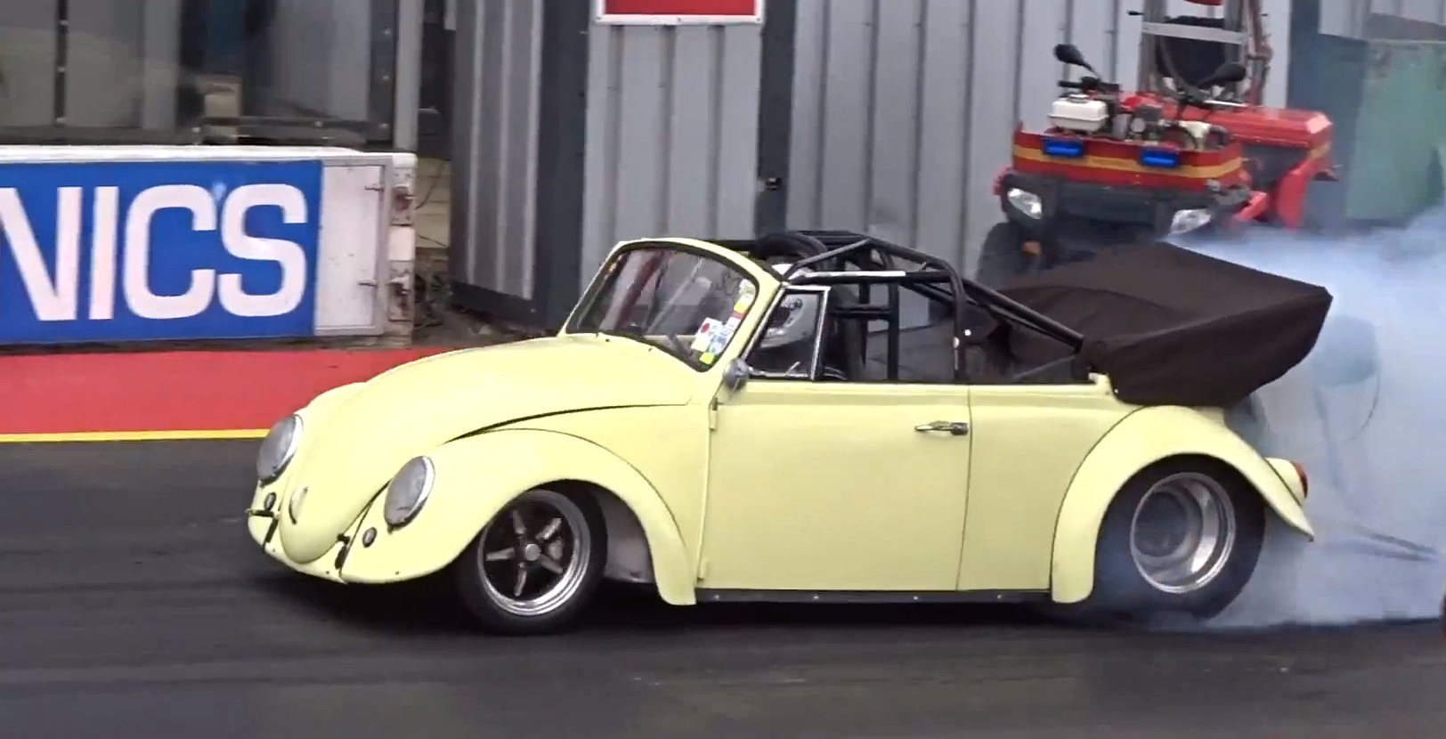 Vw Beetle Track Car >> 1960s VW Beetle Cabrio Gets Extreme Turbo Tune, Runs 8s Quarter Mile - Video - autoevolution