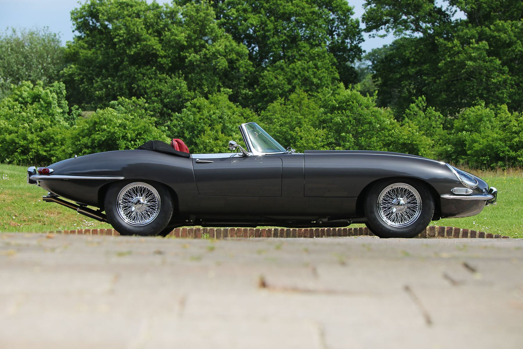 1962 Jaguar E Type Roadster From Eagle Will Have You Drooling Autoevolution