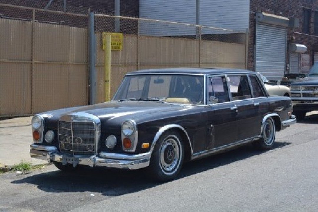 1969 mercedes benz 600 begs to get restored you can buy it for 42 500 autoevolution. Black Bedroom Furniture Sets. Home Design Ideas