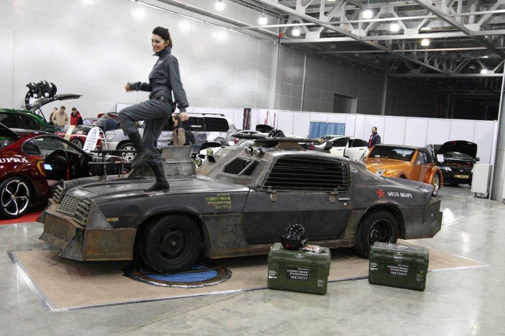White metal car kits 17