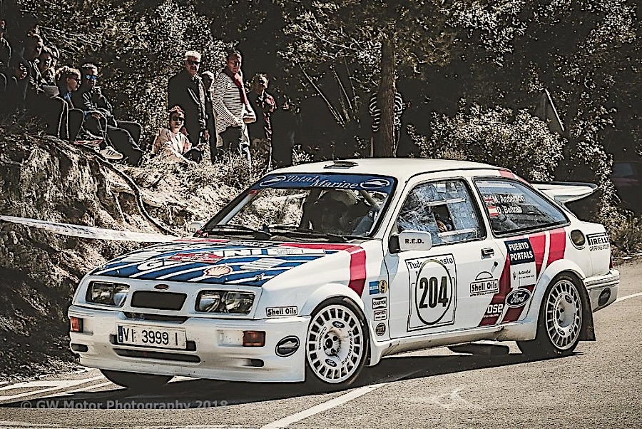 1986-ford-sierra-cosworth-is-your-chance