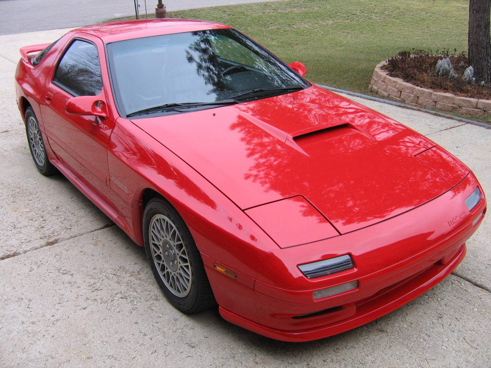 1989 Mazda RX-7 Was Just Sold for Record Value