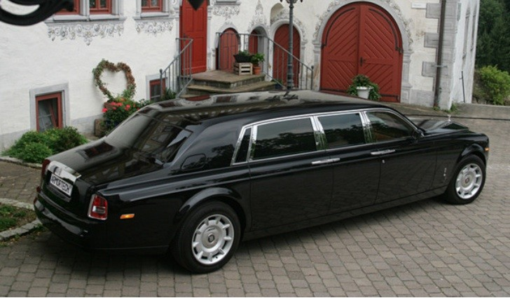 2004 Stretched Rolls Royce Phantom EWB for Sale