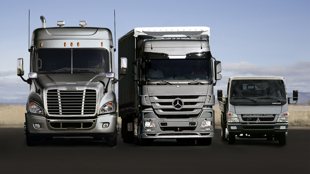 2008 mercedes benz truck sales at all time high for Mercedes benz semi trucks