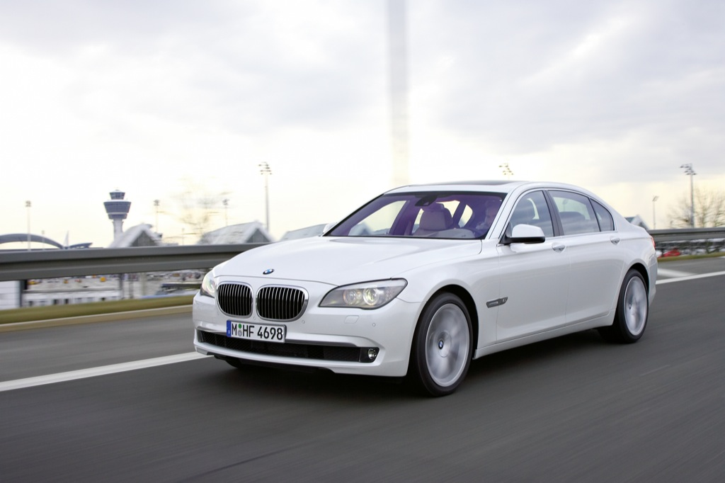 2010 BMW 7 Series 760i and 760Li Surprise Release - autoevolution