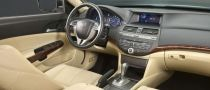 2010 Honda Crosstour Interior Pics Revealed