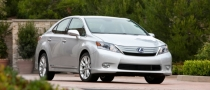 2010 Lexus HS 250h Gets 5-Star NHTSA Rating
