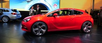 2010 Paris Auto Show: Opel GTC Paris Concept [Live Photos]