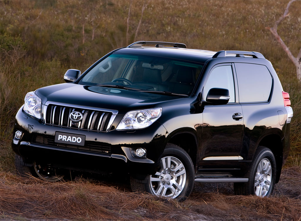 2010 toyota landcruiser prado three door in australia autoevolution. Black Bedroom Furniture Sets. Home Design Ideas