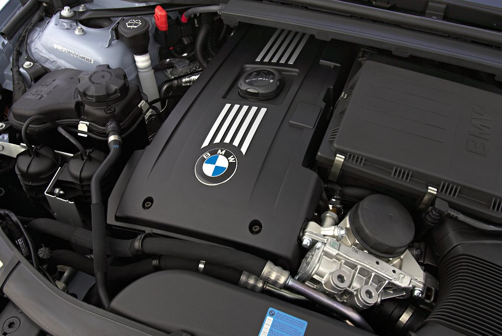 2011 bmw 335i sedan engine specs