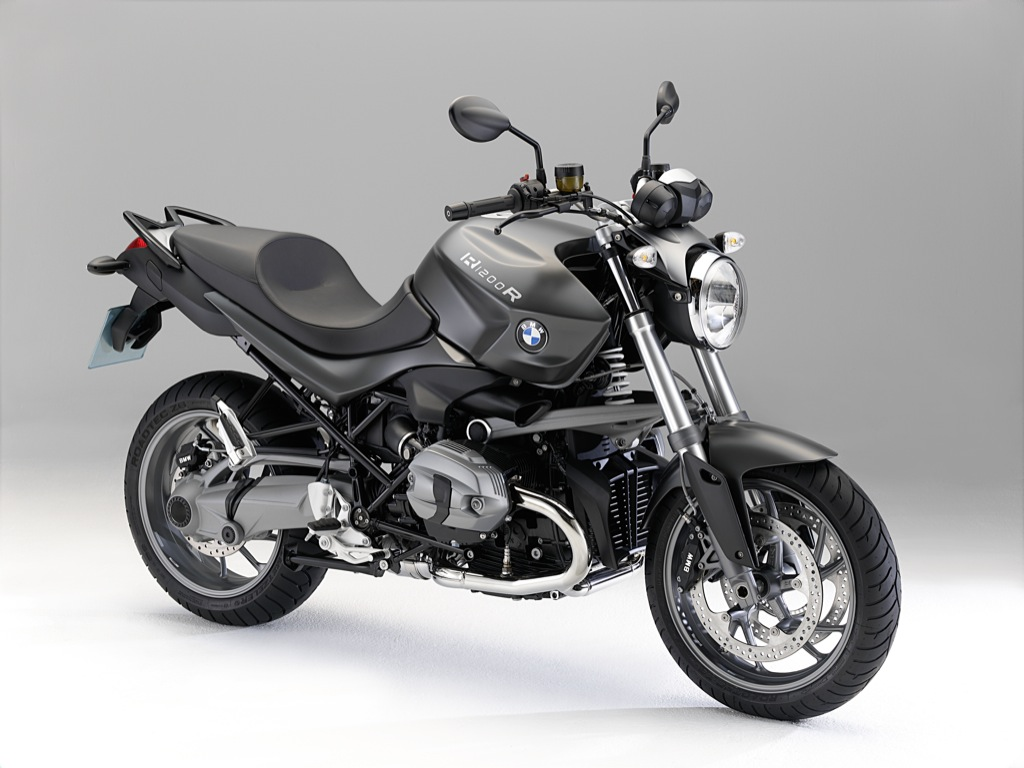 2011 BMW R 1200 R And R 1200 R Classic   motorcycle review @ Top Speed