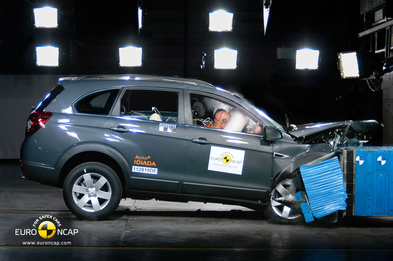 2011 Chevrolet Captiva Receives 5 Star Euro Ncap Rating