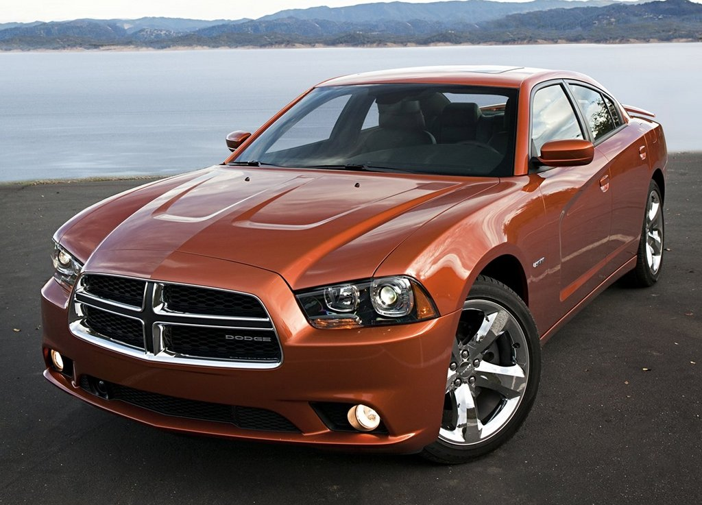 2011 Chrysler 300 And Dodge Charger Named Iihs Top Safety